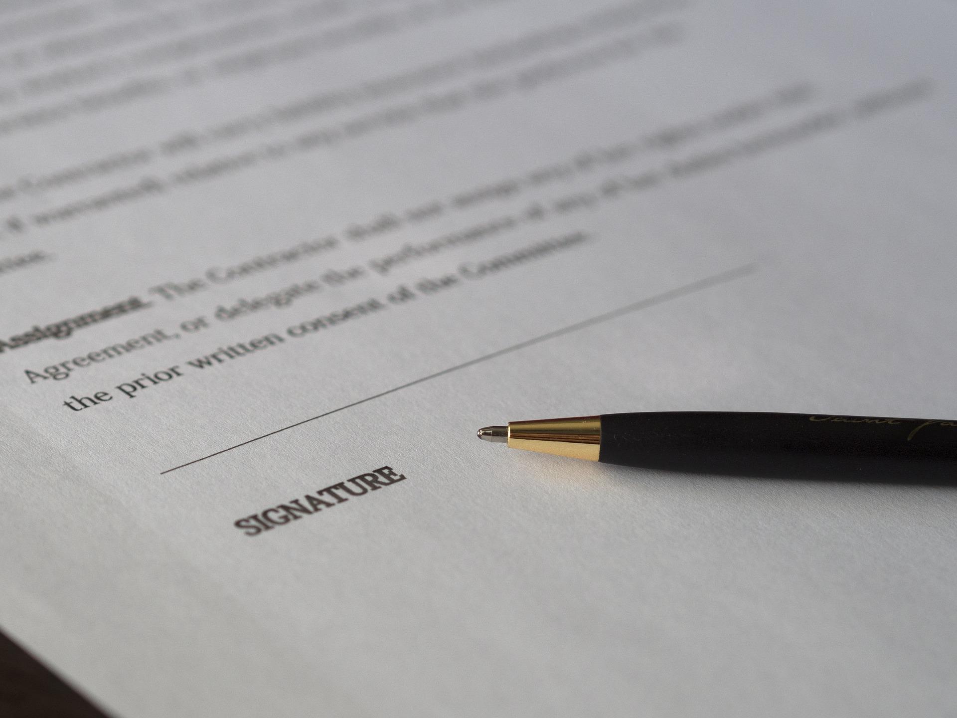 Uitnutten van contracten